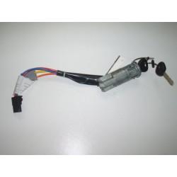 contacteur à clé microcar ou VSP